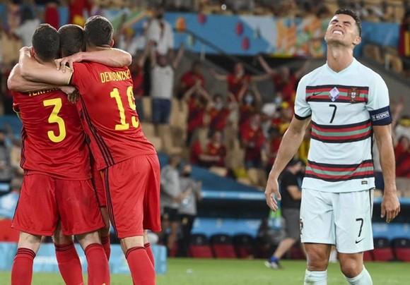 Bỉ - Bồ Đào Nha 1-0: Tuyệt phẩm của Hazard hạ gục nhà vô địch ảnh 2