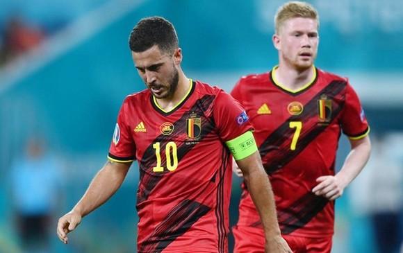 Eden Hazard và Kevin De Bruyne đều vắng mặt ở buổi tập cuối cùng.