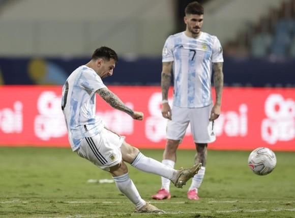 Copa America 2021: Messi bùng nổ, Argentina đối đầu Colombia ở bán kết ảnh 1