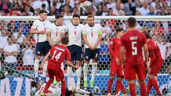 Anh - Đan Mạch 2-1 (hiệp phụ): Tam sư tiến vào trận chung kết lịch sử ảnh 1