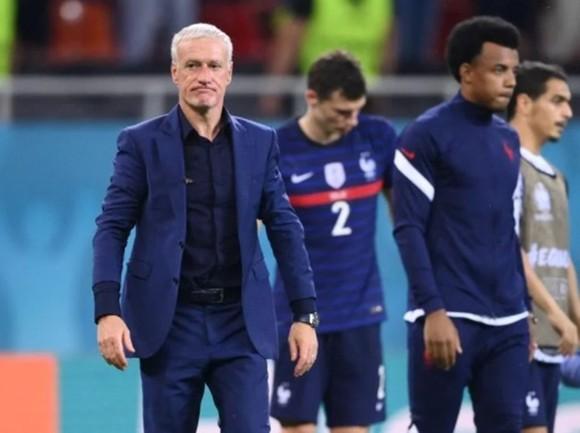 HLV Didier Deschamps vẫn tiếp tục nắm quyền điều hành đội tuyển Pháp.