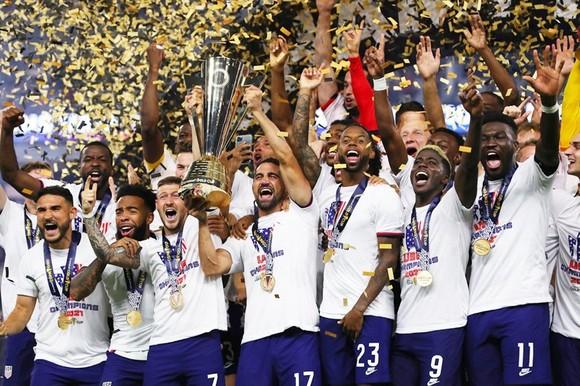 Tuyển Mỹ lần thứ 7 đăng quang Cúp vàng CONCACAF.