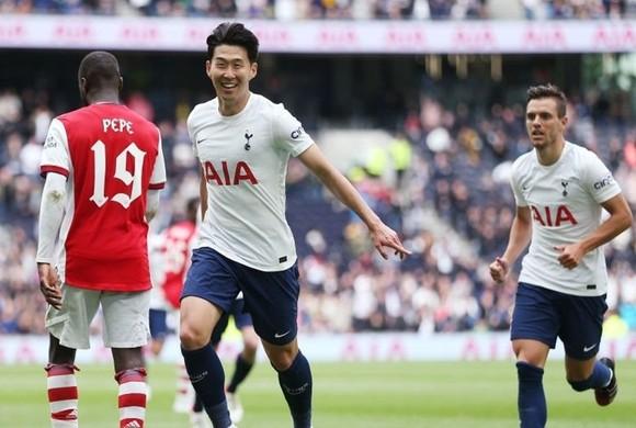 Hỏi mua 2 tiền đạo từ Serie A, Tottenham sẵn sàng chia tay Kane? ảnh 1