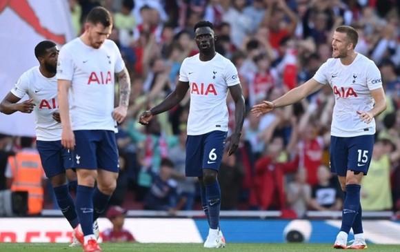 HLV Tottenham nhận lỗi sau thất bại ở derby Bắc London ảnh 1