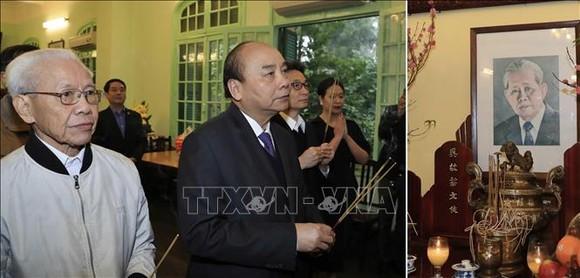 Thủ tướng dâng hương, tưởng nhớ các đồng chí lãnh đạo tiền bối của Đảng, Nhà nước ảnh 1