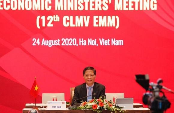 Bộ trưởng Bộ Công Thương Trần Tuấn Anh đại diện đoàn Việt Nam tại CLMV EMM 12. Ảnh: PV