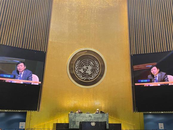 Đại hội đồng LHQ Khóa 75 đã thảo luận và thông qua bằng đồng thuận Nghị quyết về hợp tác ASEAN - LHQ. Ảnh BNG