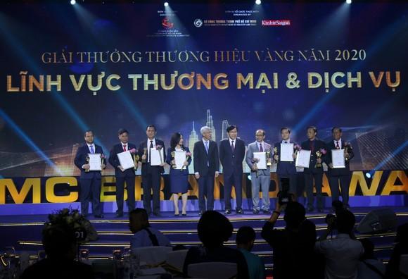 Tập đoàn Xây dựng Hòa Bình nhận giải Thương hiệu Vàng TPHCM năm 2020 ảnh 1