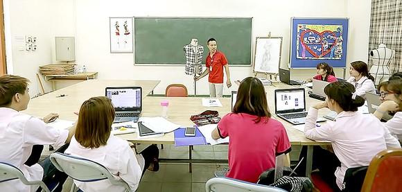Học sinh Trường Cao đẳng Nghề Long Biên,  Hà Nội trong một giờ học. Ảnh: QUANG PHÚC