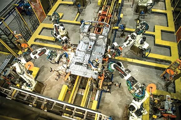 Ford Ranger Việt Nam chính thức xuất xưởng,  đánh dấu cột mốc 20 năm có mặt tại thị trường Việt Nam ảnh 1