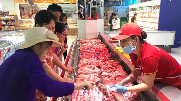 Nhiều hệ thống siêu thị đã chuẩn bị nguồn hàng phục vụ Tết Canh Tý 2020