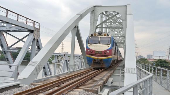 Sức bật từ hạ tầng giao thông ảnh 6