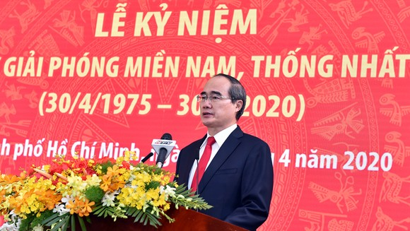 Toàn văn phát biểu của Bí thư Thành ủy TPHCM Nguyễn Thiện Nhân tại Lễ kỷ niệm 45 năm Ngày Giải phóng miền Nam, thống nhất đất nước ảnh 1