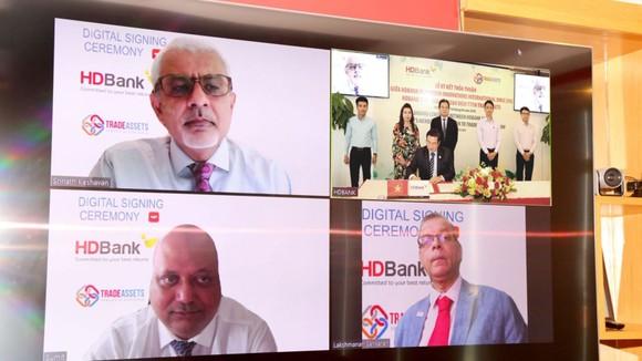 HDBank - Ngân hàng Việt Nam đầu tiên tham gia sàn giao dịch TRADEASSETS  ảnh 1