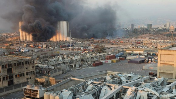 Nổ ở Beirut, hàng ngàn người thương vong ảnh 18