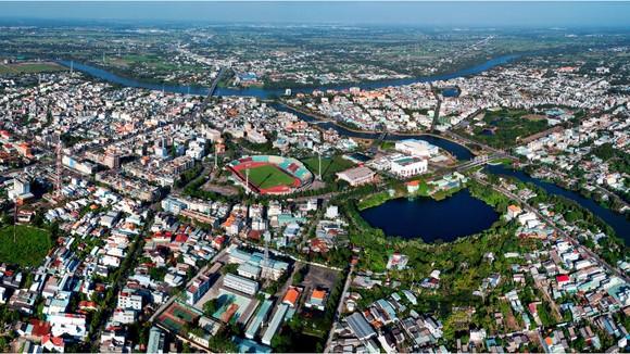 Thành phố Tân An, tỉnh Long An hiện đại nhìn từ trên cao. Ảnh: Công Toại