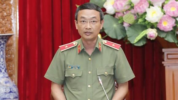 Thiếu tướng Nguyễn Ngọc Toàn, Cục trưởng Cục Công tác Đảng và Công tác Chính trị phát biểu. Ảnh: TTXVN