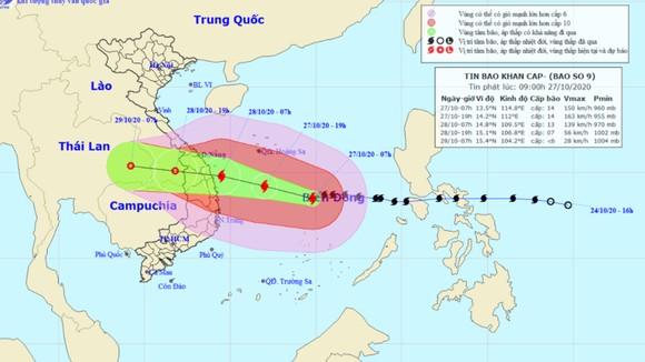 Sáng mai 28-10, bão số 9 mạnh cấp 12, giật cấp 15 tiến vào Đà Nẵng - Phú Yên ảnh 1