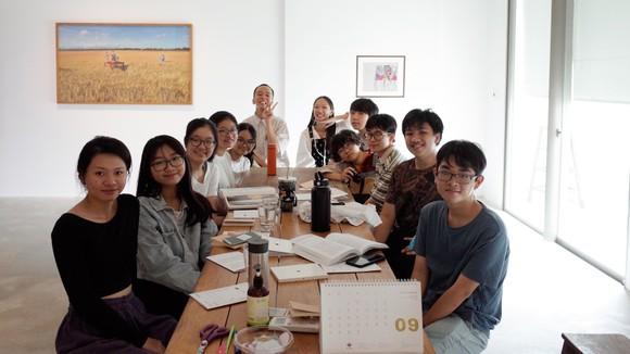 Một buổi trao đổi, thảo luận tại lớp học Cá Rô
