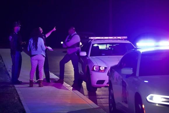 Mỹ: Xả súng tại văn phòng của hãng Fedex, nhiều người trúng đạn ảnh 4