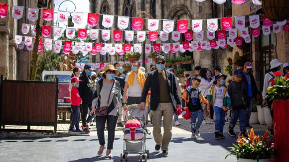 Giá trị du lịch Việt Nam ngày càng thăng hạng trên thế giới  ảnh 2