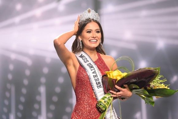 Người đẹp Mexico đăng quang Hoa hậu Hoàn vũ 2020 ảnh 1