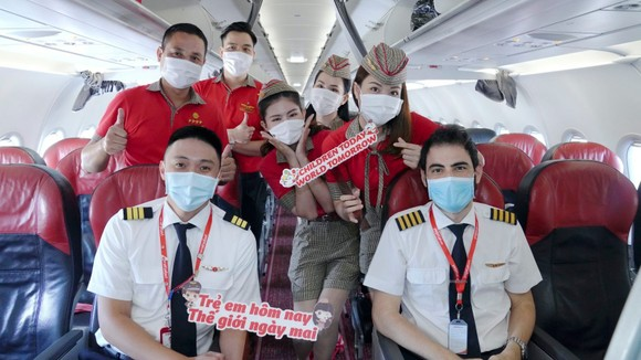 Vietjet lan toả niềm vui bằng hoạt động đặc biệt nhân ngày Quốc tế Thiếu nhi ảnh 13