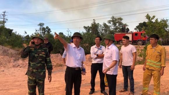 Thừa Thiên - Huế cùng lúc xảy ra nhiều vụ cháy rừng ảnh 1
