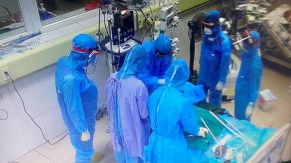 Thêm 2 ca tử vong do Covid-19 ở TPHCM và Bắc Giang ảnh 1