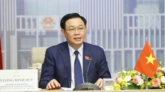 Đoàn Đại biểu Quốc hội Việt Nam do Chủ tịch Quốc hội Vương Đình Huệ dẫn đầu sẽ tham dự Đại hội đồng AIPA lần thứ 42 theo hình thức trực tuyến