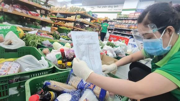 Hàng bình ổn được bán tại hệ thống siêu thị Co.opmart
