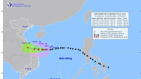 Dự báo: 22 giờ ngày 11-9, tâm bão số 5 ngay trên vùng biển từ Quảng Trị đến Quảng Ngãi ảnh 1
