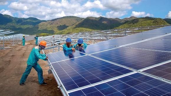 Tiêu thụ điện giảm mạnh, ngành Điện điều chỉnh huy động nguồn khu vực phía Nam ảnh 1