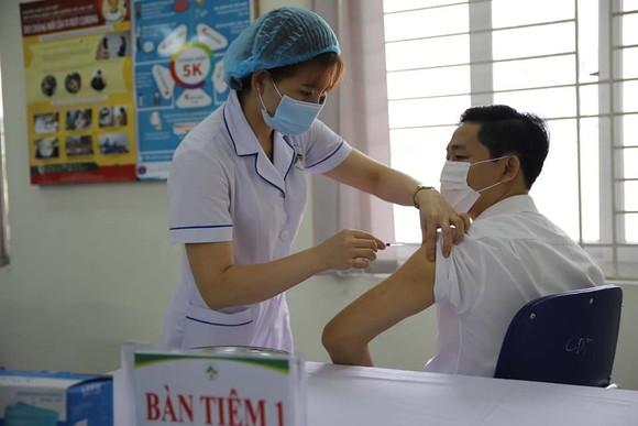Dùng 12.100 tỷ đồng nguồn tiết kiệm chi năm 2020 mua vaccine Covid-19