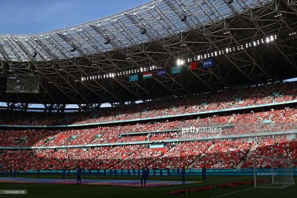 Sân Pukas Arena luôn đầy ắp khán giả.