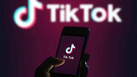 Tổng thống Trump ký lệnh hành pháp chống lại TikTok và WeChat