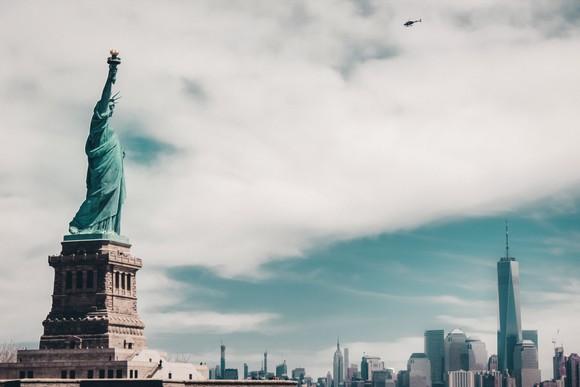 Tượng Nữ thần Tự do và thành phố New York, Mỹ.