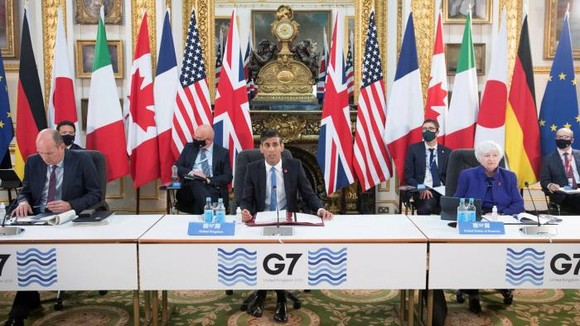Ministers and officials at the G7 talks were at pains to emphasise their accord did not mean the world had agreed changes to international taxation © Stefan Rousseau/Pool via AP