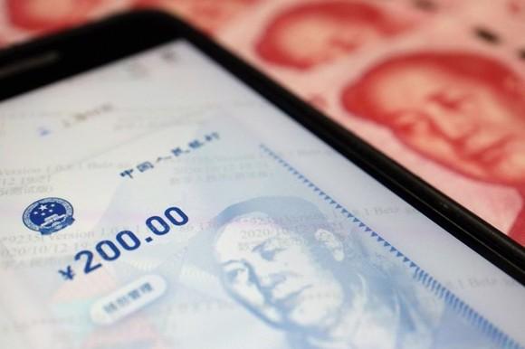 Ngân hàng Trung ương Trung Quốc bắt đầu nghiên cứu và phát triển đồng Nhân dân tệ số từ năm 2014 - Ảnh: Reuters
