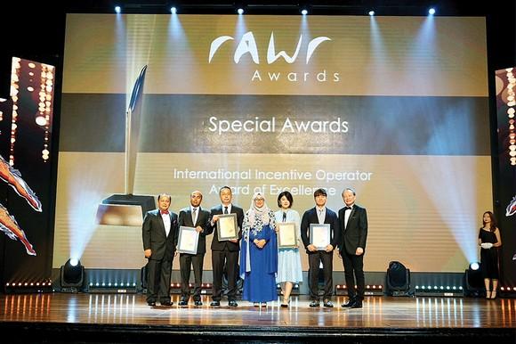Viettours - Hãng lữ hành duy nhất  của Việt Nam nhận giải thưởng rAWr ảnh 1