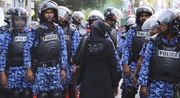 Maldives: Cựu tổng thống bị bắt vì nghi đảo chính ảnh 1