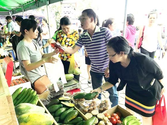 TPHCM có thêm 3 chợ phiên nông sản