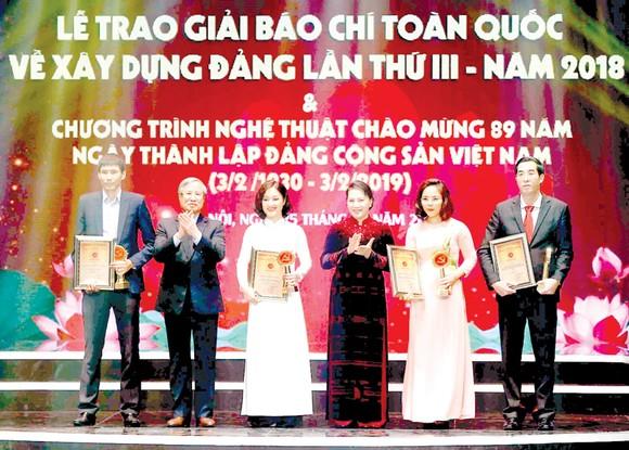 56 tác phẩm báo chí đoạt giải Búa liềm vàng lần thứ 3 ảnh 1