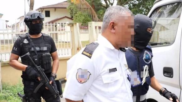 Malaysia bắt toán khủng bố định tấn công nhà thờ và giết cảnh sát ảnh 1
