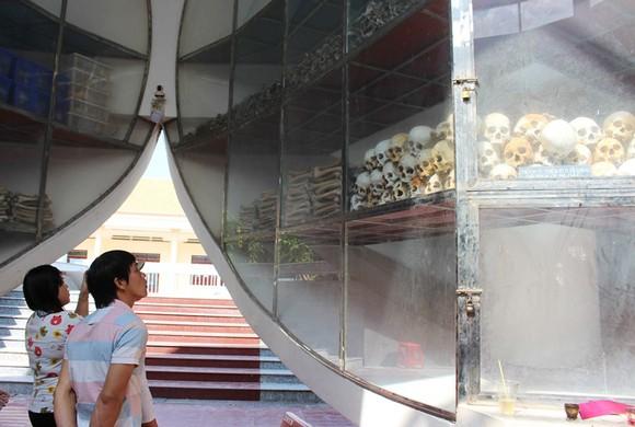 Lễ giỗ tập thể lần thứ 40 các nạn nhân trong vụ thảm sát Ba Chúc  ảnh 1