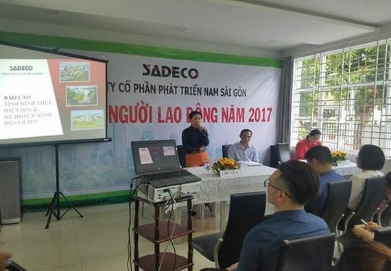 Bà Hồ Thị Thanh Phúc, Tổng giám đốc Công ty CP phát triển Nam Sài Gòn (Sadeco) bị khởi tố, bắt tạm giam
