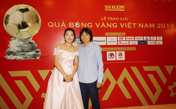 Đỗ Hùng Dũng, Huỳnh Như, Trần Văn Vũ đoạt Quả bóng Vàng Việt Nam 2019 ảnh 26