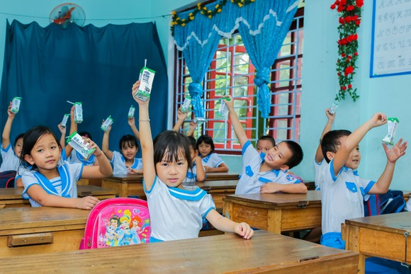 Chương trình giúp cải thiện dinh dưỡng cho các em, để các em có thêm năng lượng học tập, vui chơi, góp phần nâng cao thể lực