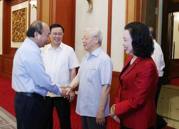 Tổng Bí thư, Chủ tịch nước Nguyễn Phú Trọng tại buổi làm việc của tập thể Bộ Chính trị với Ban Thường vụ Thành ủy Hà Nội. Ảnh: TTXVN