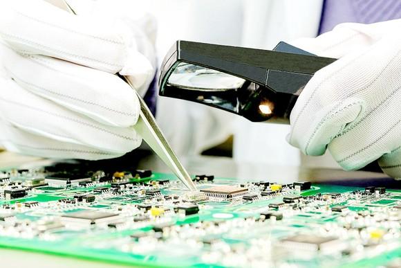 Việc Mỹ áp đặt lệnh kiểm soát xuất khẩu đối với SMIC khiến ngành công nghệ bán dẫn của Trung Quốc gặp khó khăn